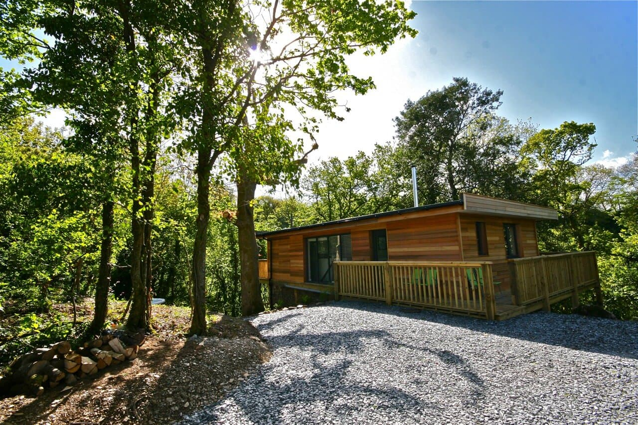 Treehouse Accommodation with Private Hot Tub based in Devon, UK